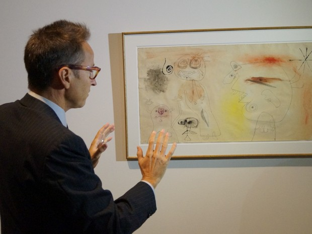 Neto do artista falou sobre criações do avô. 'Miró não pintava quadros. Ele apenas pintava', disse em prévia da exposição no Masc (Foto: Juliano Zanotelli/ RBS TV)