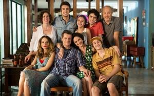 Vizinhos, a nova série do GNT, estreia dia 5 de maio
