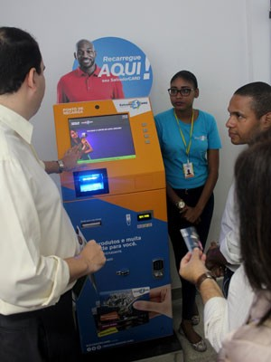 Serviço de recarga do Salvador Card é implantado na Prefeitura-Bairro do Subúrbio  (Foto: Evilânia Sena/Agecom)