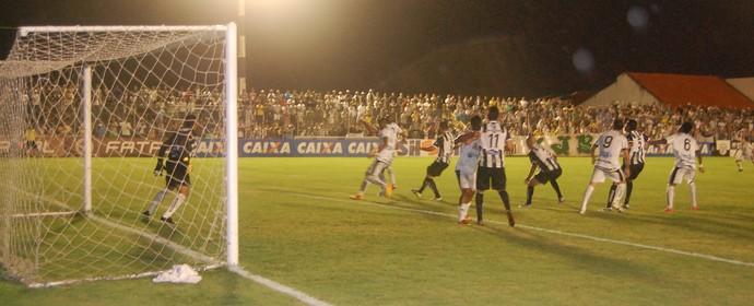 Treze 0 x 1 Botafogo-PB, no Estádio Presidente Vargas, pela Série C do Campeonato Brasileiro (Foto: João Brandão Neto / GloboEsporte.com/pb)