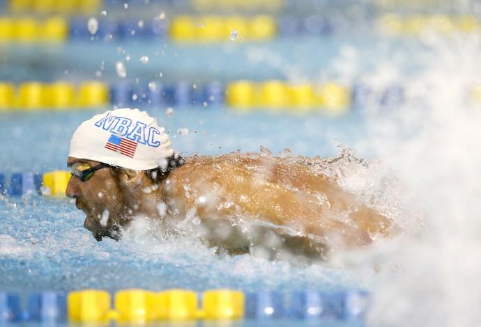 Michael Phelps ouro 100m borboleta GP Charlotte (Foto: Getty Images)