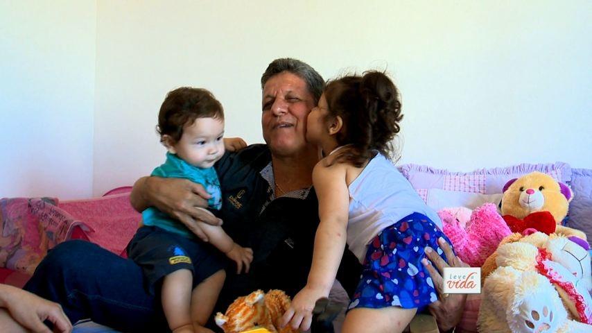 Vamos conhecer homens que foram pais após dos 50. (Foto: Divulgação/ TV Gazeta)