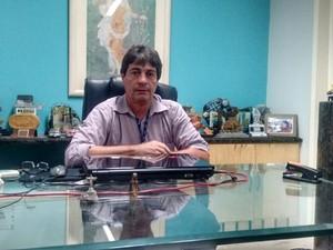 Presidente da Aliança Comercial diz que empresas tentam promoção para atrair clientela (Foto: Márcio Chagas/G1)