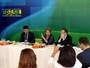 Dilma defende Gra�a Foster e diz que demiss�o n�o � necess�ria