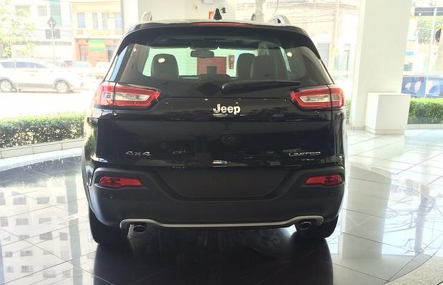 Jeep Cherokee 2014 chega às lojas do Brasil (Foto: Guilherme Blanco Muniz/Autoesporte)