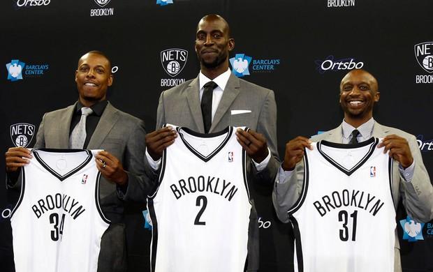 basquete nba Paul Pierce, Kevin Garnett e Jason Terry brooklyn Nets apresentação (Foto: Agência Reuters)
