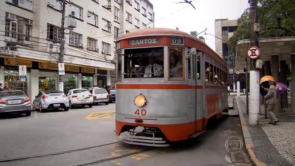 Bondes são atrações turísticas no centro histórico de Santos (Foto: Reprodução/TV Tribuna)