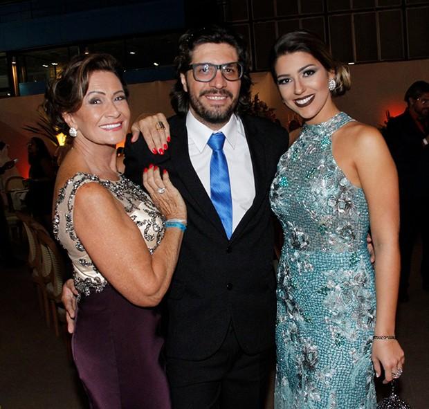 Ieda, Ilmar e Vivian (Foto: MARCOS FERREIRA/ Brazil News)