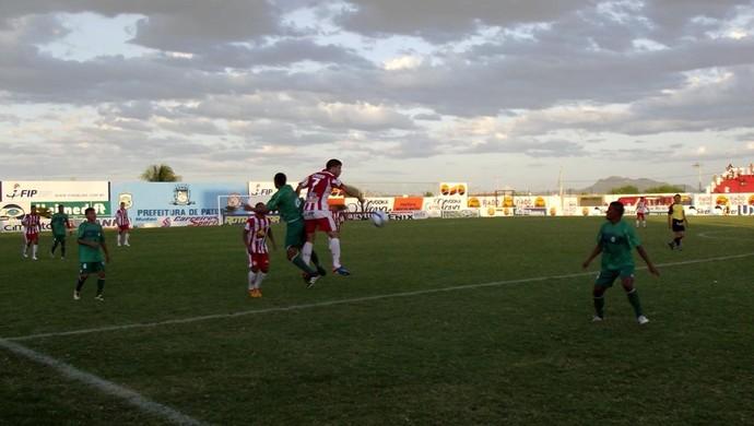 Esporte x Nacional (Foto: Damião Lucena)