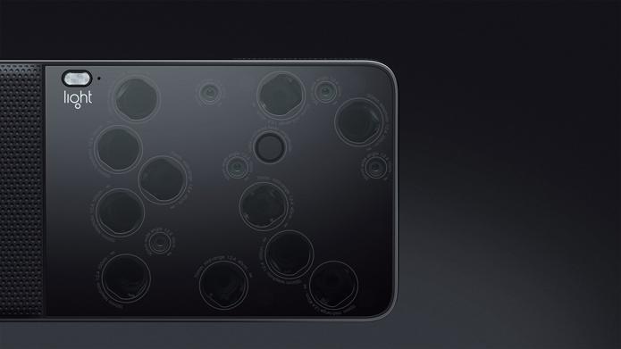 Projeto da Nikon lembra a Light L16, câmera de 16 lentes apresentada no ano passado (Foto: Divulgação/Light)
