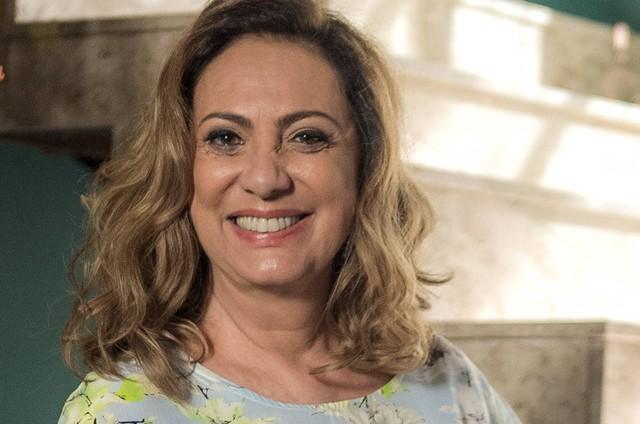 Eliane Giardini, a Nádia de 'O outro lado do paraíso' (Foto: Raquel Cunha/TV Globo)