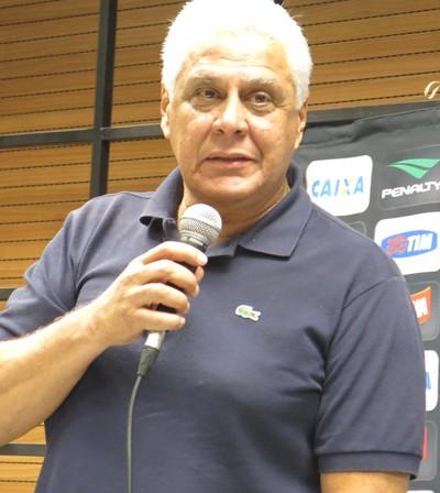 Roberto Dinamite coletiva Vasco (Foto: Edgard Maciel de Sa)