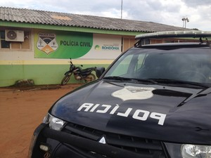 Infrator foi conduzido à Delegacia Regional de Polícia Civil e posteriormente ao presídio masculino (Foto: Júnior Freitas/G1)