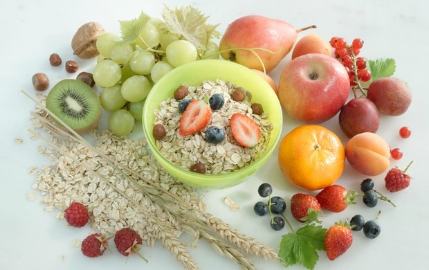 frutas e cereais euatleta (Foto: Getty Images)