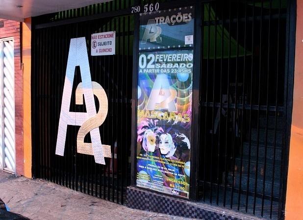 De acordo com a prefeitura, a boate A2 foi interditada (Foto: Marcos Dantas/G1 AM)
