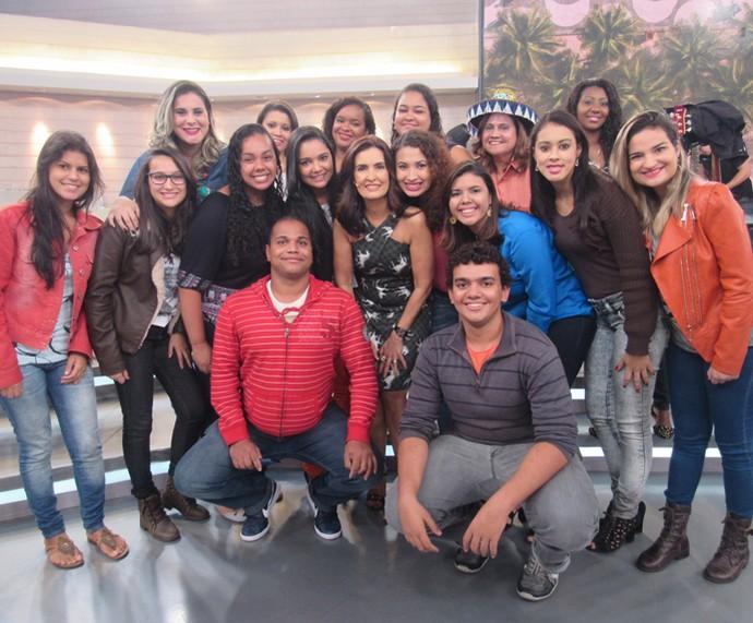 Mais plateia do programa com a apresentadora  (Foto: Priscilla Massena/Gshow)