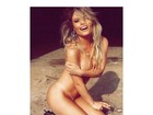 Natalia Casassola posa nua e internautas vibram
