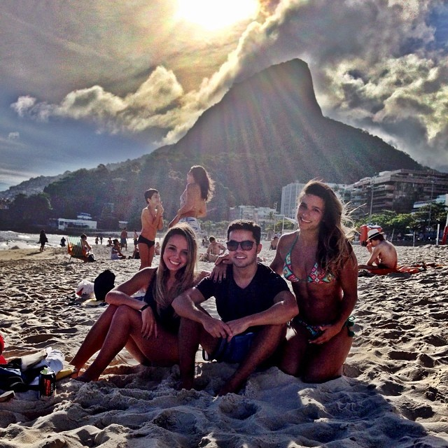 jade barbosa gabriela soarea praia rio de janeiro ginastica (Foto: Reprodução/Instagram)