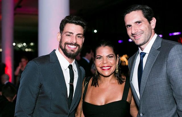Cauã Reymond, Daniela Falcão e Frederic Kachar (Foto: Ricardo Toscani)