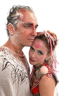 Os dois vivem o maestro e a bailarina (Foto: Victor Hugo Cecatto)