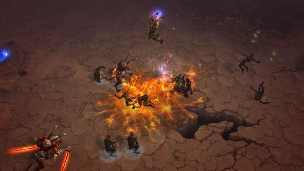 Bárbaro usa o seu poder contra os inimigos em 'Diablo III' (Foto: Divulgação)