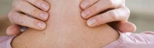 Dor nas costas pode comprometer a sua qualidade de vida (Divulgação)