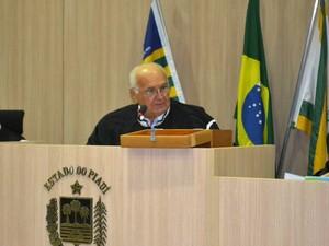 Luciano Nunes Santos foi eleito como novo presidente do Conselho (Foto: TCE-PI)