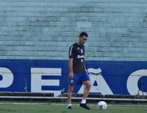Fábio Aurélio foi preservado de treino do Grêmio (Foto: Hector Werlang/Globoesporte.com)