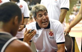 """Vasco evolui no NBB, mas Dedé pede lucidez: """"Corremos atrás dos outros"""""""