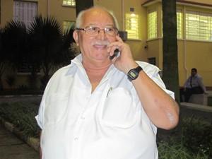 Raimundo, que pedirá ajuda ao sobrinho (Foto: Márcio Pinho/G1)