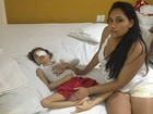 Criança que perdeu parte do rosto com doença é internada em Salvador