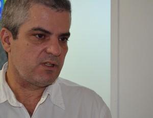 Francisco de Assis Freire, médico Paraibano, médico que atendeu médico que morreu  (Foto: Larissa Keren / GloboEsporte.com/pb)
