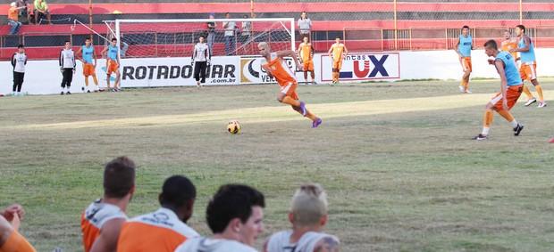 Treino do Campinense no Estádio Renatão (Foto: Magnus Menezes / Jornal da Paraíba)