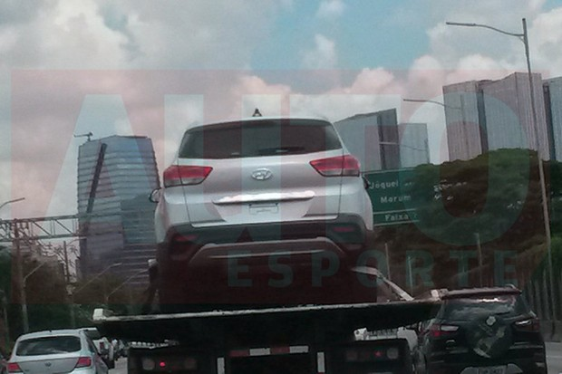 Hyundai Creta flagrado em São Paulo (Foto: Rafael Placona / Autoesporte)