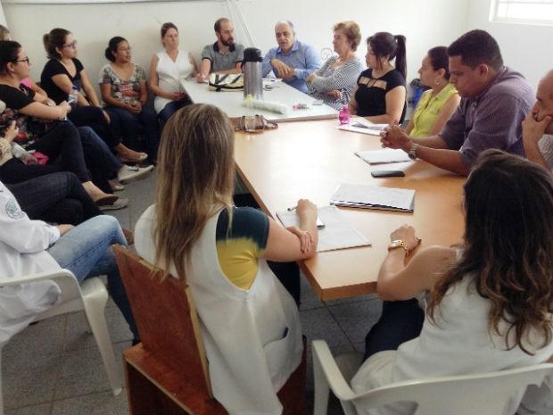 Secretário de Saúde, Francisco Antonio Fernandes, destaca o prazo para cumprimento do TAC (Foto: Divulgação)