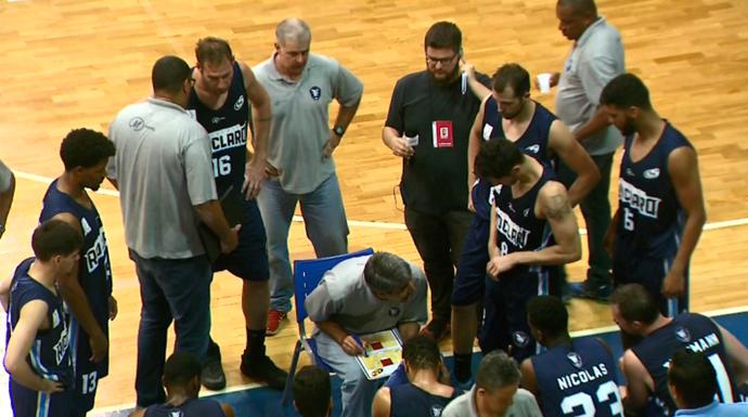 Dedé Barbosa técnico Rio Claro basquete (Foto: Reprodução EPTV)