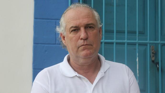 Esdras, criador do enduro a Pé (Foto: Renato Pereira)