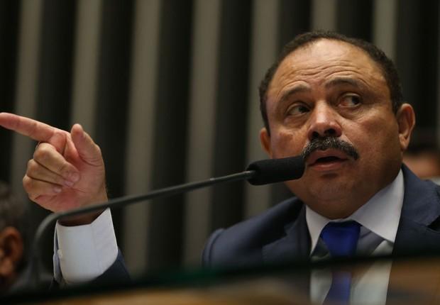 O presidente interino da Câmara dos Deputados, Waldir Maranhão (PP-MA) preside sessão (Foto: Fabio Rodrigues Pozzebom/Agência Brasil)