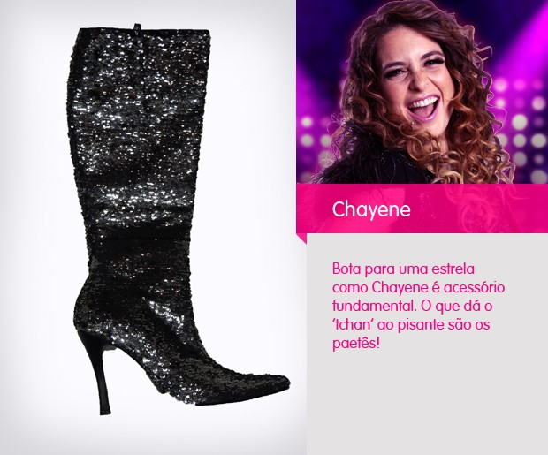 A bota de cano média, replete de paetês transforma qualquer visual de básico para cheguei! (Foto: Cheias de Charme / TV Globo)