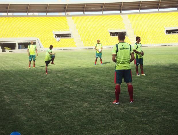 Time tricolor realizou último coletivo nessa sexta-feira (Foto: Afonso Diniz/Globoesporte.com)