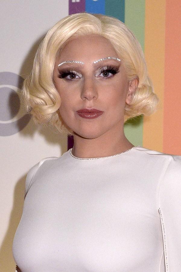 Quando perguntada se já tinha feito sexo à três, Lady Gaga confirmou, mas não quis revelar detalhes de como foi a experiência (Foto: Getty Images)