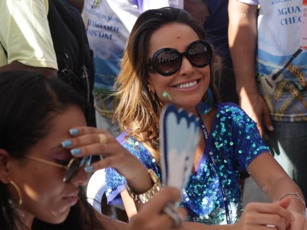 Sabrina Sato, que desfilou como rainha de bateria da Vila Isabel, durante a apuração do Grupo Especial do carnaval do Rio (Foto: Rodrigo Gorosito/G1)