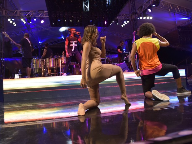 Anitta em show em Salvador, na Bahia (Foto: Elias Dantas/ Ag. Haack)