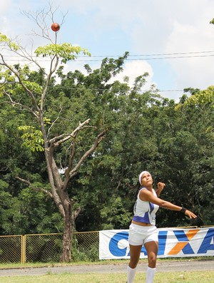 Campeonato Piauiense de Atletismo - Arremesso do Peso - Lilian Raquel (Foto: Flávio Meireles)