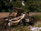 Duas pessoas morrem carbonizadas em batida entre caminhões em Poloni