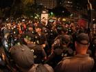 Manifestantes causam tumulto na abertura do Festival do Rio
