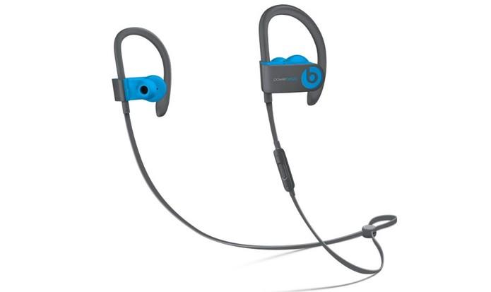 Fone de ouvido PowerBeats 3 tem design esportivo wireless (Foto: Divulgação/Apple)