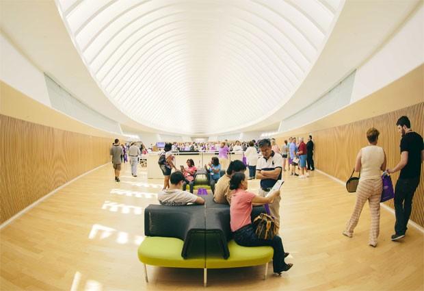 Prédio principal da Universidade Politécnica da Flórida foi desenhado pelo arquiteto espanhol Santiago Calatrava (Foto: Reuters/Divulgação/Universidade Politécnica da Flórica)