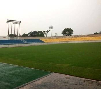 Chuva atrapalha treino do Vasco-AC no Florestão e apronto é adiado (Foto: Nathacha Albuquerque)