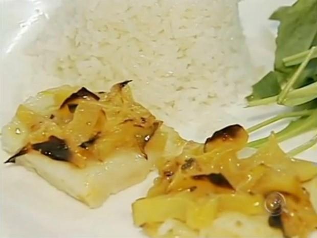 Dica de receita de prato salgado com carambola (Foto: Reprodução / TV TEM)